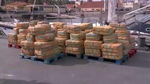 PJ apreende 5,2 toneladas de cocaína em veleiro no Oceano Atlântico