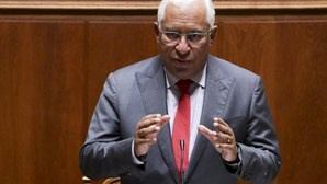 Costa promete salário mínimo de 850 euros em 2025 e isenção de IRS para mais 200 mil cidadãos