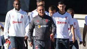 Carvalhal luta pelo primeiro lugar do grupo F na Bulgária