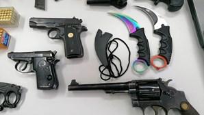 Megaoperação da PSP de combate ao tráfico faz seis detidos. Armas, dinheiro e droga apreendidas