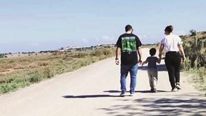 Tiago, o menino de quatro anos que espera há mais de um ano por cirurgia