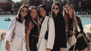 Margarida Corceiro divertida em Madrid com grupo de amigas