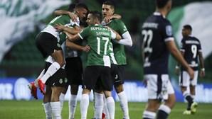 Famalicão 'assusta' mas Sporting vence e está mais perto da 'final four' da Taça da Liga