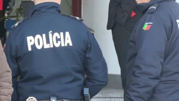 Aluno esfaqueado por jovem que invadiu escola em Almada