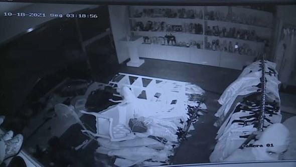 Assaltantes apanhados por videovigilância a assaltar loja de malas de luxo em Paredes