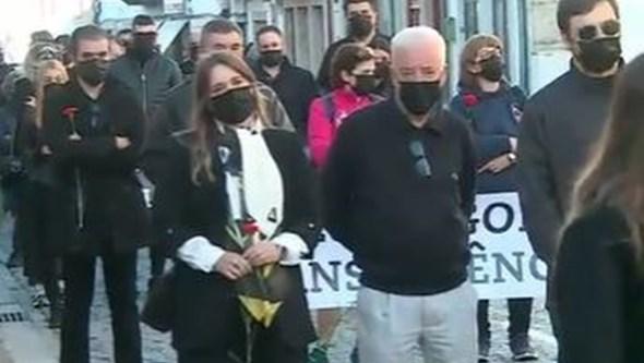 Cerca de meia centena de munícipes em marcha em Ponte da Barca pela liberdade