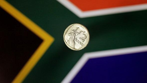 Polícia da África do Sul acusada de planear assassinatos para obter dinheiro de seguros
